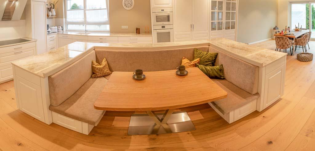 Gemütliche Sitzecke in der Küche.