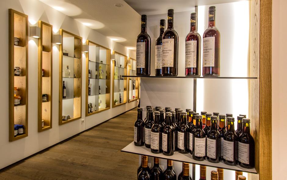 Ladenlokal, Weinhandel, Verkauf, Regale, Ladenbau, modern, Wein, Handel, Laden,