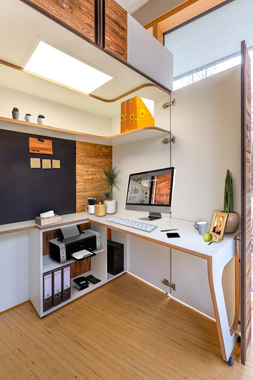 Büro Homeoffice Schrank Open It mit weiblicher Einrichtung